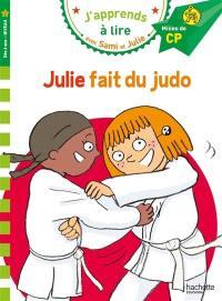 Julie fait du judo
